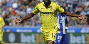 Bakambu, celebrando un tanto con el Villarreal.
